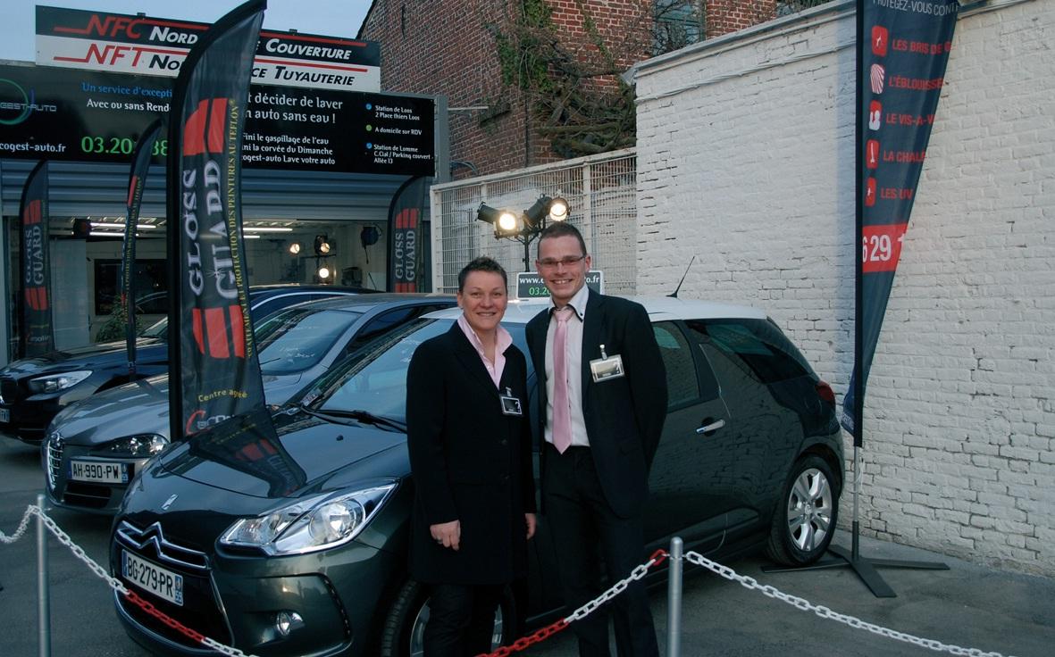 Sylvie Joly, gérante fondatrice d'Ecogestauto, et Grégory Joly, son neveu et responsable du site de Carrefour Lomme.