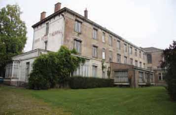 Pierre angulaire de ce projet, le Grand Hôtel thermal, à l'abandon depuis 1993.