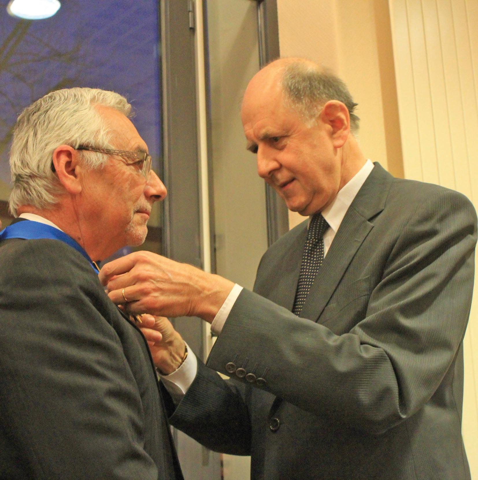 Ce 20 février 2012, en nouant au cou de Bernard Foucher le cordon bleu de commandeur dans l'ordre national du Mérite, c'est une Cour administrative d'appel de Douai performante qui était honorée par Jean-Marc Sauvé, vice-président du Conseil d'Etat.