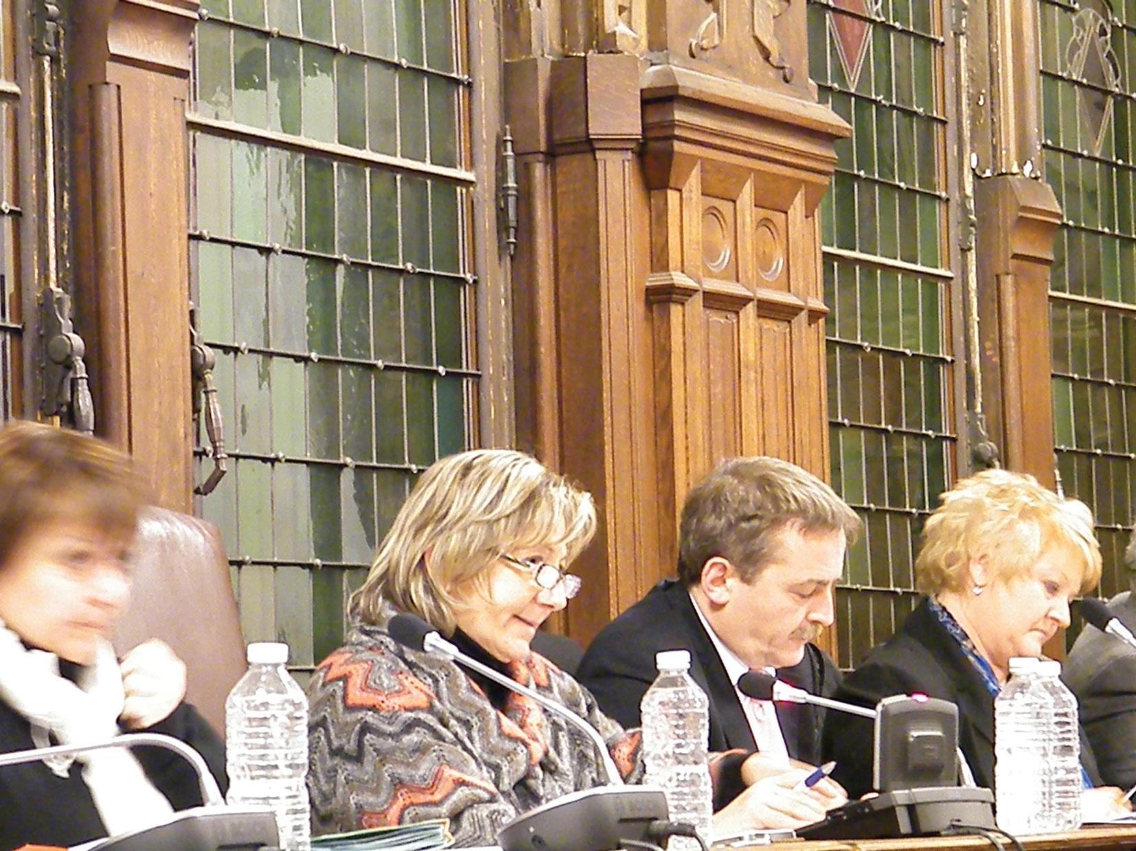 Conseil municipal agité lors du débat d'orientation budgétaire.