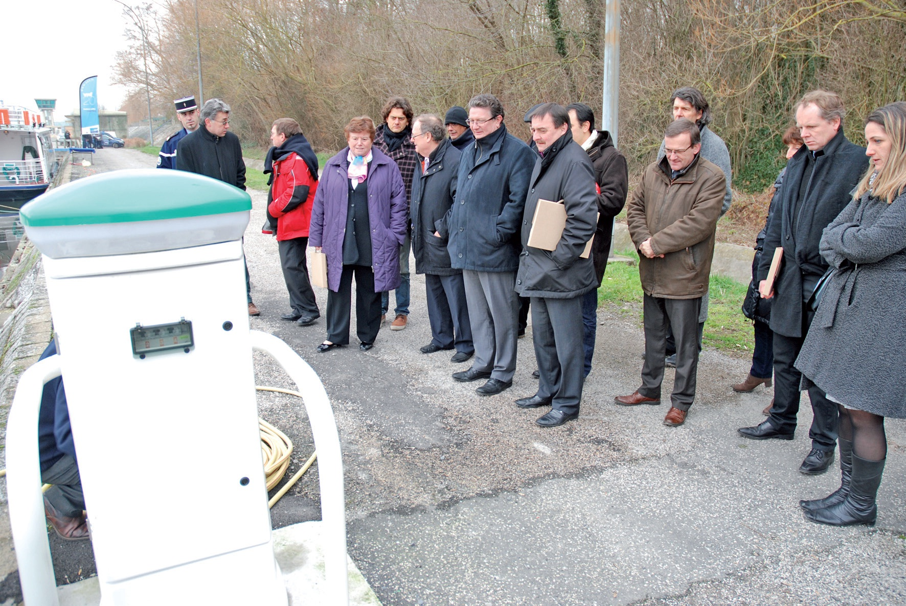 Une déchetterie ainsi que des bornes de distribution d'eau et d'électricité ont été inaugurées.