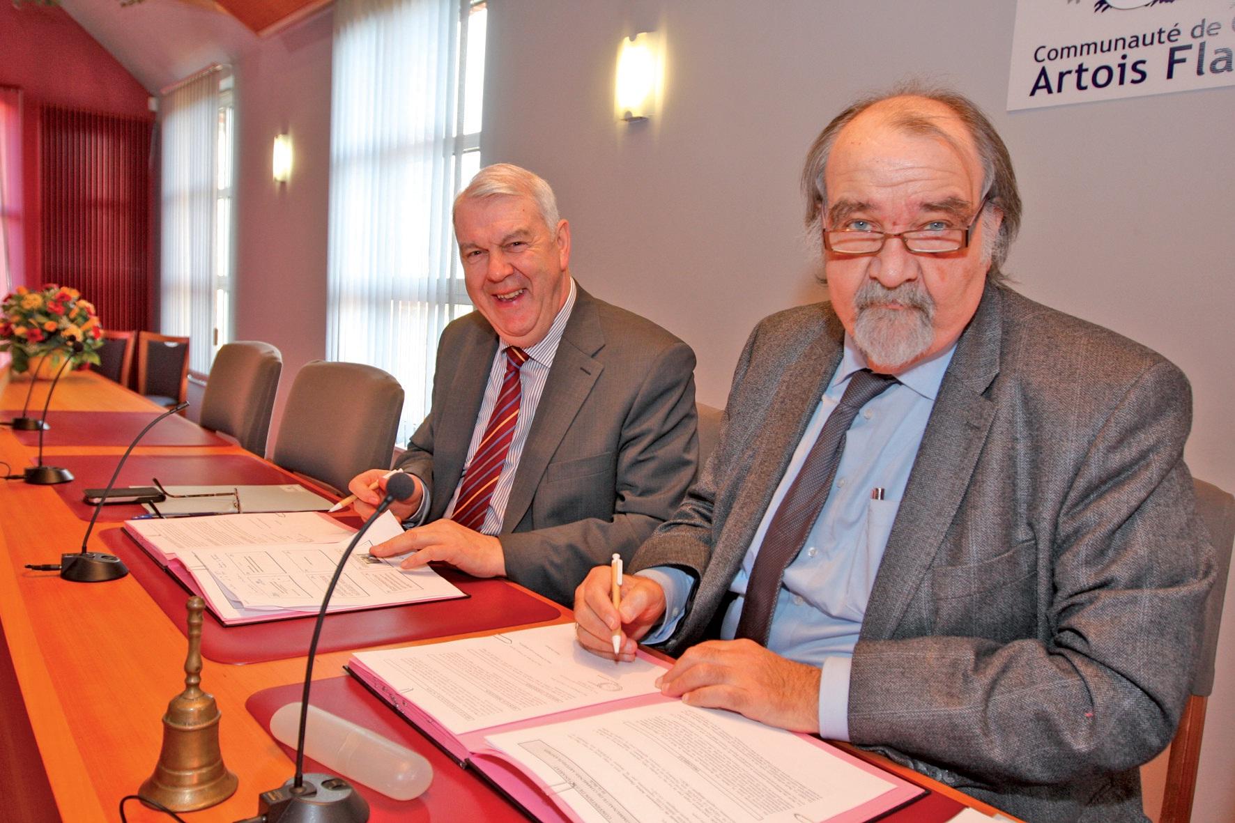 Jacques Napieraj et Pierre Duriez ont signé la convention de partenariat qui lie leurs organismes pour l'année 2012.