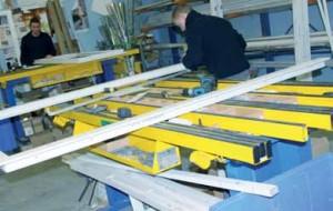 L'ensemble des menuiseries (toutes sur mesure) PVC comme les portails alu PVC sont fabriqués et préparés dans les ateliers à Liévin.