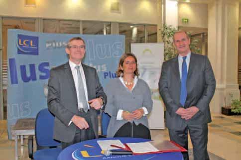 De gauche à droite, Bernard Bryselbout, président du Conseil régional de l'ordre des expertscomptables Nord-Pas-de-Calais, Nathalie Mourlon, directrice du réseau Nord-Ouest de LCL, et Jérôme Sicot, directeur du marché des professionnels et des PME de LCL et président du directoire d'Interfimo.