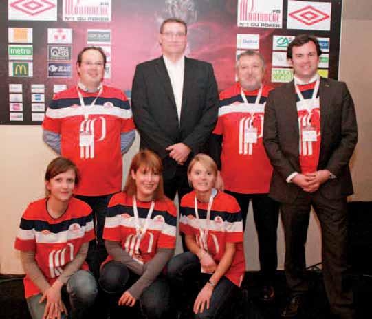 Frédéric Paquet en compagnie de quelques membres de la Créativallée.