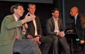Christian du Tertre, directeur d'Atemis, club de l'économie de la fonctionnalité et du développement durable, et Michel Meunier (2e à droite), président national du CJD.