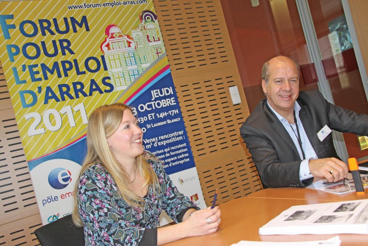 Christian Canel, directeur de Pôle emploi d'Arras-Rivage, et Gaëlle Marquilly, coordinatrice du forum, ont annoncé la date du prochain forum pour l'emploi : le jeudi 18 octobre à Artois Expo.