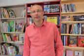 En ouvrant sa librairie, Augustin Petit est venu combler un manque dans le centre-ville bruaysien. Il a aussi apporté un regard nouveau sur le livre.