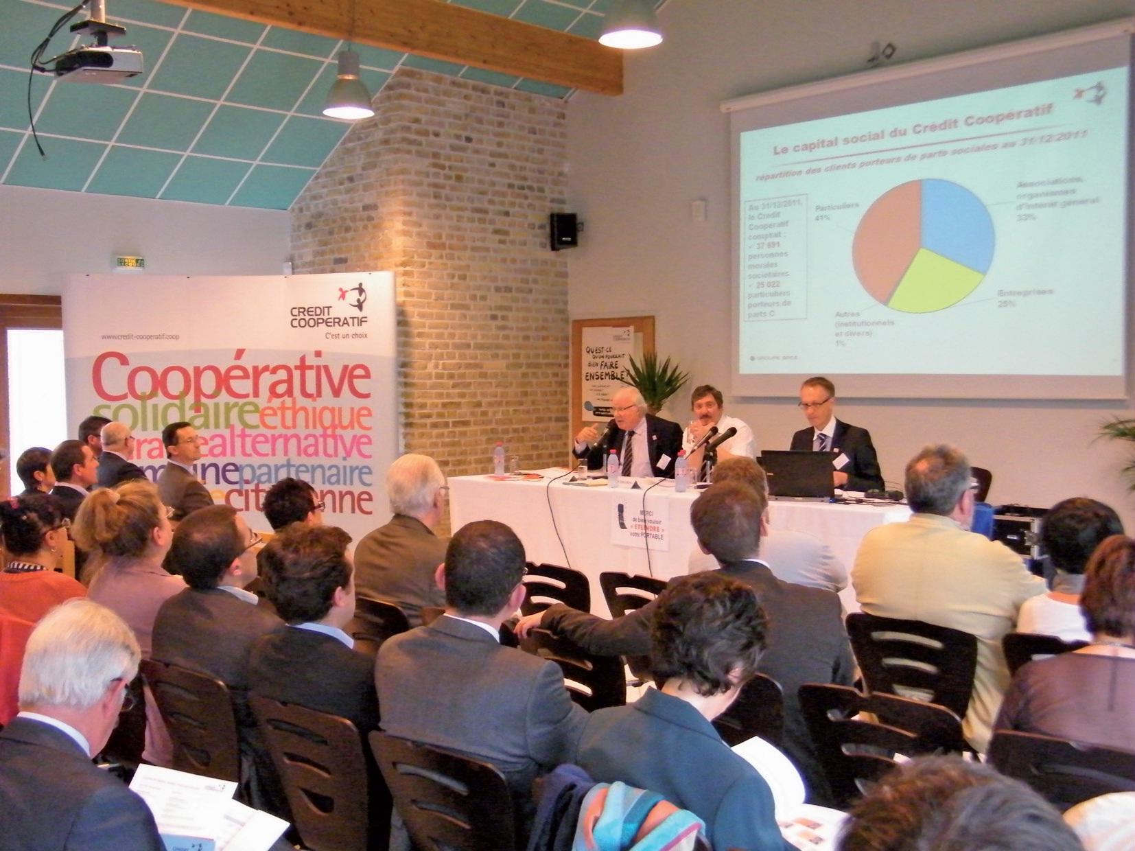 Une soixantaine de sociétaires étaient présents lors de l'assemblée générale du Crédit coopératif de la région.