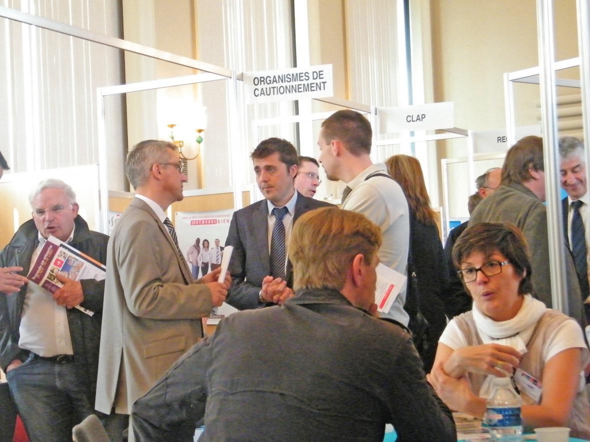 Rencontre entre porteurs de projet et professionnels de la création et de la reprise au siège de la CCI Côte d'Opale, le 24 mai dernier.