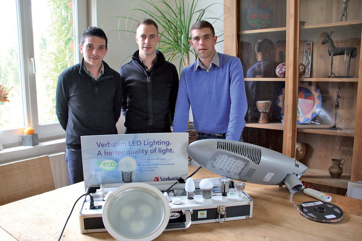 Mathieu Estrabole, Pierre-Laurent Noyelle et Hugo Delepaule proposent des solutions économiques et écologiques en matière d'éclairage.