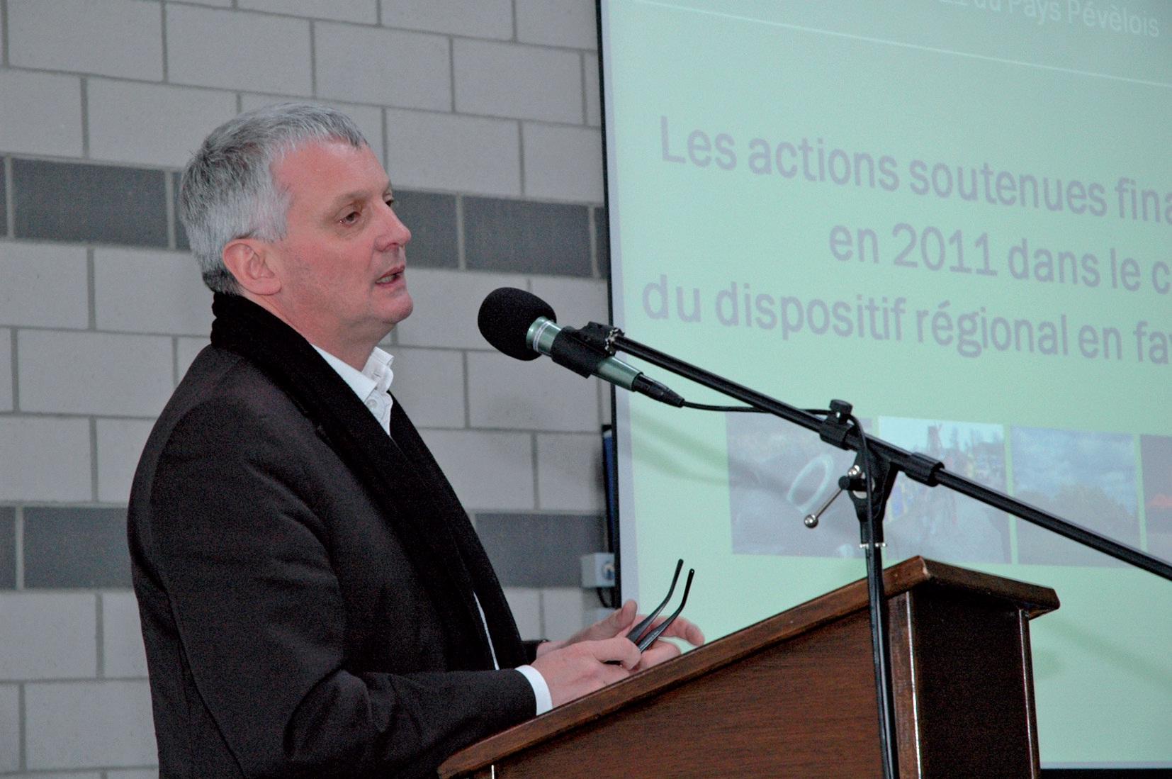 Thierry Lazaro encourage lui aussi un dialogue rapide, global et définitif en Pévèle.