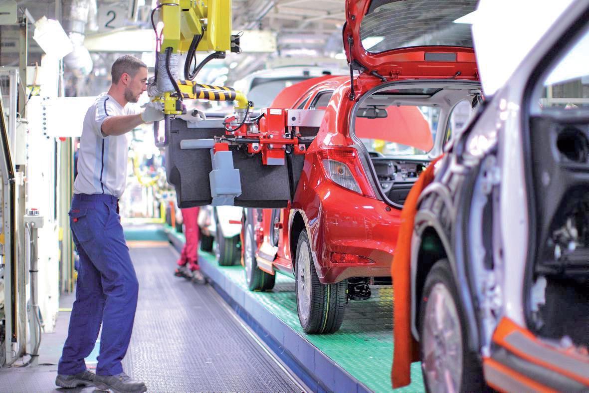 Une voiture est produite toutes les 68 secondes sur le site Toyota d'Onnaing.