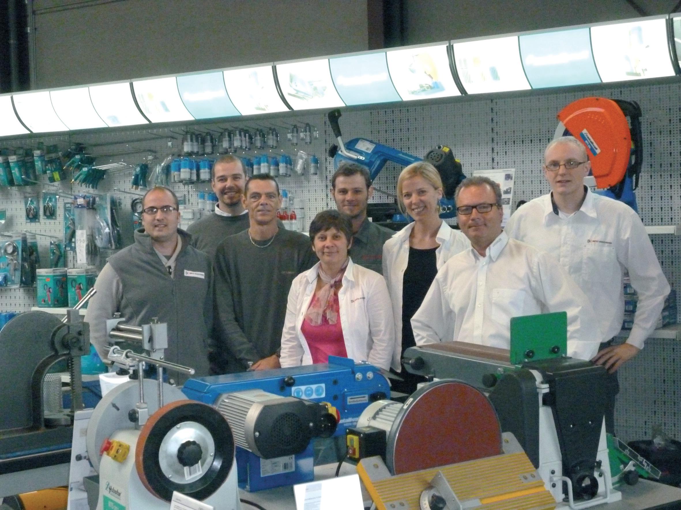 Une équipe très soudée autour de Philippe De Leeuw (2e à droite). La société, qui a un positionnement original, se développe tout en gardant une proximité avec le client, qu'il soit amateur ou professionnel.