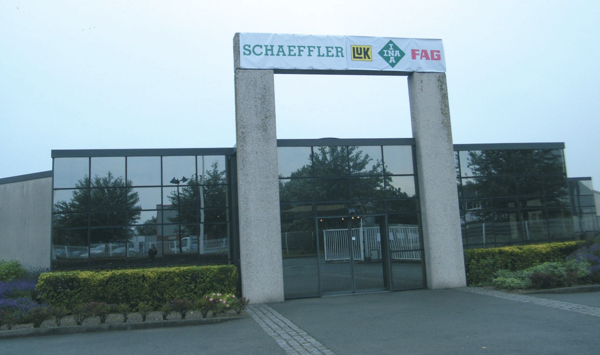 L'un des bâtiments acquis par Schaeffler dans la zone Marcel Doret à Calais.