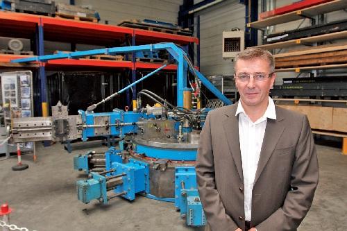 Devenue une référence dans le domaine de l'usinage sur site, Tacquet industries oeuvre à l'international dans les centrales nucléaires, thermiques et hydroélectriques, ainsi que dans l'industrie.