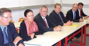 De g. à d. : Pascal Lardeur (AECR), Dominique Rembotte (Conseil régional), Joël Duquénoy (Caso), André Bonnier (SMLA), Xavier Ibled (CCI), Bruno Magnier (Saint-Omer).