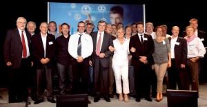 L'ensemble des clubs d'entreprises artésiens lors du 1er Forum des clubs d'entreprises artésiens, en présence de Philippe Vasseur, président de la CCI Nord de France, et d'Edouard Magnaval, président de la CCI Artois.