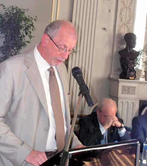 Etienne Stock, malgré une position des plus inconfortables, avait tenu à être là et à intervenir.