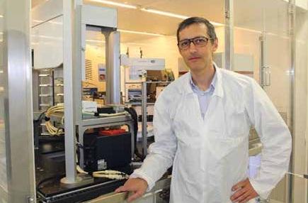 Benoît Deprez met sa technique au service d'autres chercheurs académiques et industriels.