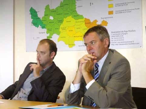 Jean-Luc Detavernier (à droite) sera-t-il l'éphémère président d'une éphémère intercommunalité rurale intégrée à LMCU ?