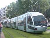 Le tramway, dont le premier tronçon a été inauguré en juillet 2006, a beaucoup changé le visage de Valenciennes et son marché de l'immobilier d'entreprise.