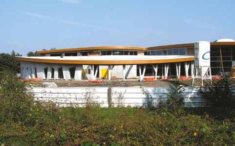 Le chantier du centre nautique de Louvroil : gelé pour six mois !