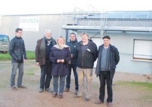 Portes ouvertes sur le chantier : déjà 220 m² de panneaux solaires ont été installés sur la toiture de Lien plus.