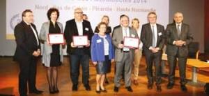 Photos de famille avec les lauréats de ces Victoires des Autodidactes 2014 et les partenaires sur la région Nord-Pas-de-Calais - Picardie - Haute-Normandie.