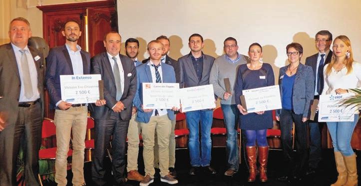 L'ensemble des lauréats des Victoires de l'initiative lors de la cérémonie de remise des prix du concours régional des repreneurs d'entreprise au musée des Beaux-Arts d'Arras.