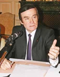 Jean-François Cordet affirme la présence de l'Etat.