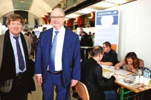 Didier Ellart et Bernard Gérard, député-maire de Marcq-en-Barœul, en visite officielle.