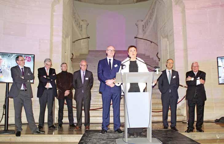 Les présidents des outils financiers de Finorpa dont, au premier plan, Bertrand Dubus, autour de Françoise Dal, présidente du holding de tête.