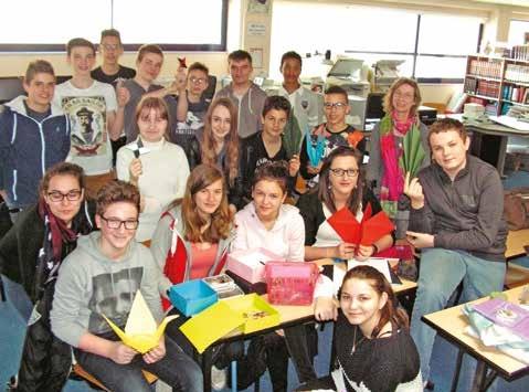 Au CDI, l'ensemble de la classe de 3e concerné par la mini-entreprise du collège Jean-Baptiste-de-la-Salle. Le projet suscite l'enthousiasme.