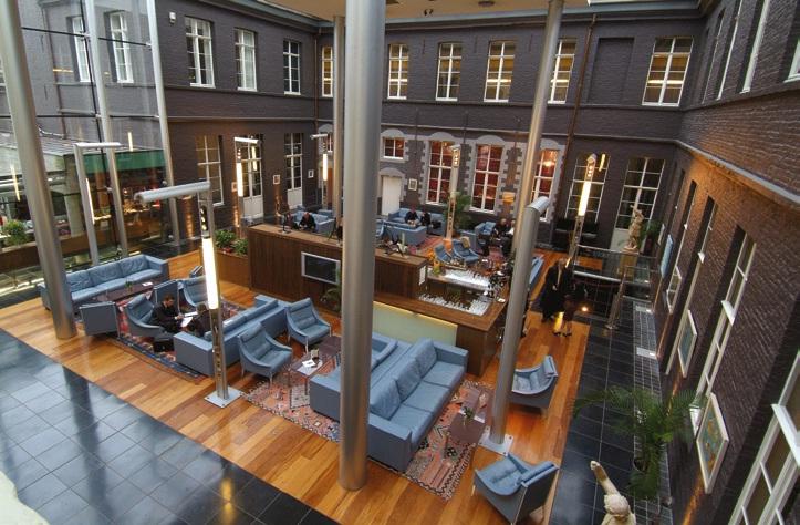 Parmi les points positifs pour la région : les bons chiffres de l'hôtellerie. Ici, l'Hermitage Gantois rue de Paris à Lille.