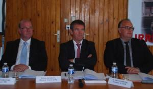 De gauche à droite, Bruno Margollé, président de la CME, Eric Gosselin, directeur général, et Daniel Leprêtre, président de l'armement coopératif Acanor.