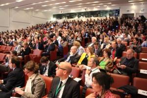 Plusieurs centaines de personnes venues de toute l'Europe ont assisté aux plénières du forum.