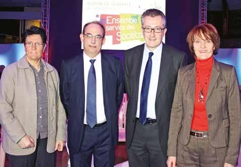 Lors de l'Assemblée générale 2015 de la Fédération du Pas-de-Calais à Vimy. De gauche à droite, Annie Bocquet, Laurent Poupart, Vincent Lizet, directeur de l'établissement, et Patricia Lavocat Gonzales, directeur général de GNE.