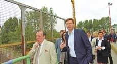 Visite du chantier de reconstruction du pont du triangle au carrefour des trois communes fusionnées. Christian Hutin (au premier plan), député-maire de Saint-Pol-sur-Mer et Patrice Vergriete, maire de Dunkerque et président de la Communauté Urbaine.