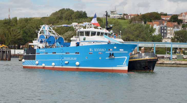 """En 2016, le port de Boulogne pourra compter sur les apports du """"chalutier du futur"""" Arpège lancé par le chantier naval Socarenam le 3 septembre."""