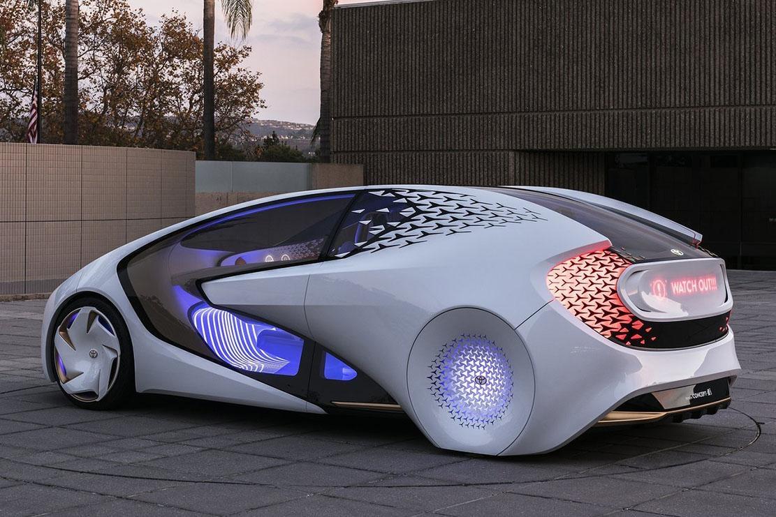 Concept-i, la voiture intelligente de Toyota qui s'aide de la puissance d'une intelligence artificielle pour anticiper les besoins des utilisateurs, présentée au CES de Las Vegas en 2017.