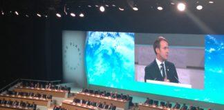 Emmaunuel Macron, entouré de 70 chefs d'Etat