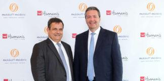 De gauche à droite, les directeurs généraux d'Humanis, Olivier Mesnard et de Malakoff Médéric, Thomas Saunier