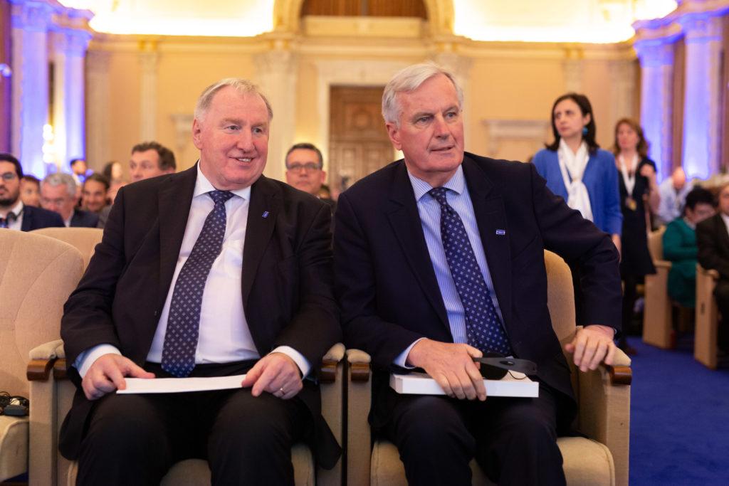 Karl-Heinz Lambertz et Michel Barnier  © European Union / Denis Closon