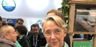 La ministre Elisabeth Borne sur le Pavillon France