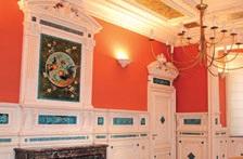 La célèbre salle aux coqs de l'hôtel de Béthanie à Arras, propriété du Crédit Agricole Nord de France.